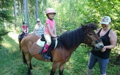 Några hästskötare och Frida